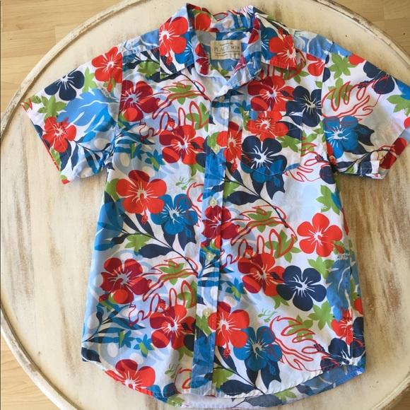 Boys Hibiscus Button Down Hawaiian Shirt